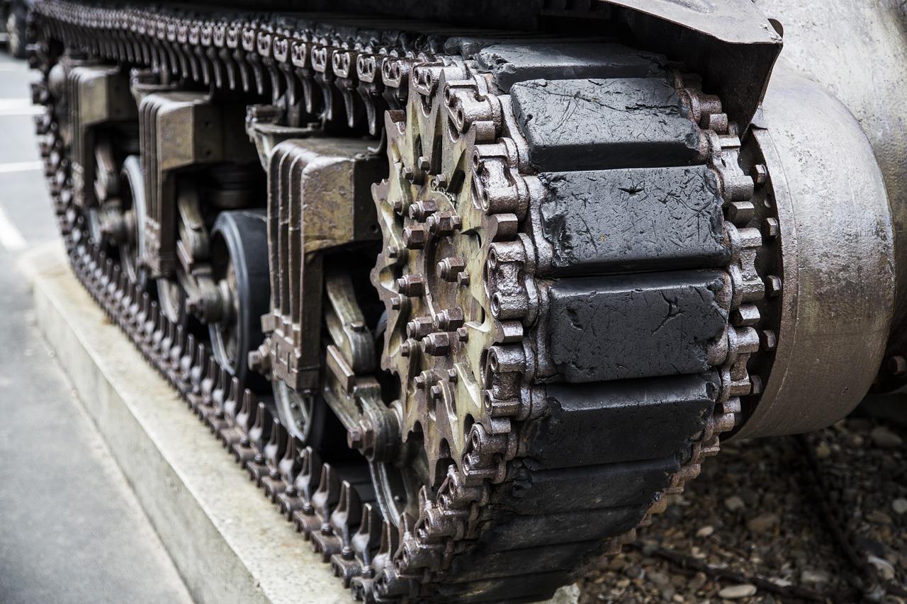 Человек-манипулятор - это не танк!